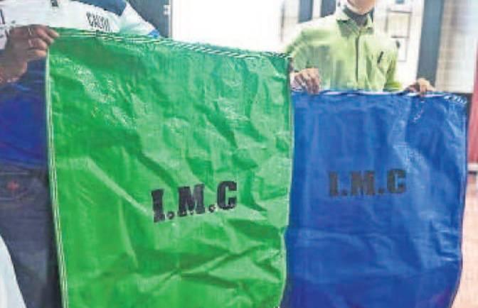 रोजाना २ बार धुलेंगे सड़क किनारे के लिटरबिन्स – हरे और नीले बैग में सड़क का कचरा सेग्रीगेट होना शुरू